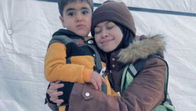Photo of Heliza grieves for Syrian refugee kids facing extreme cold weather